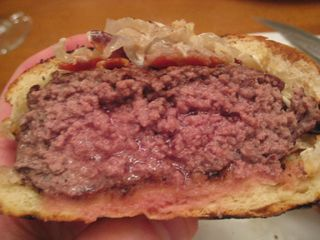Burger with spotted pig bun2