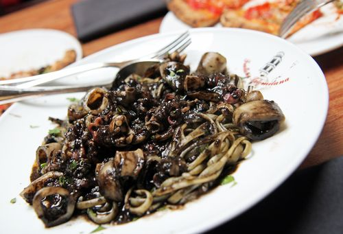 Linguini-calamari-seppia