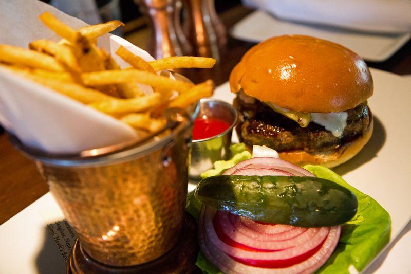 TR-burger-at-Trap-Rock