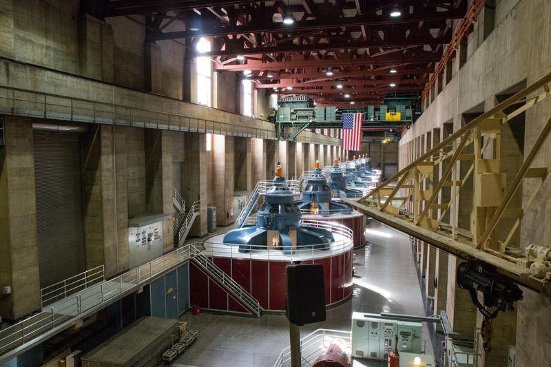 Hoover dam inside2