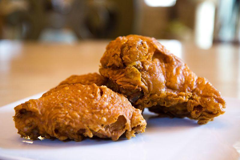 Kosher-nosh-fried-chicken