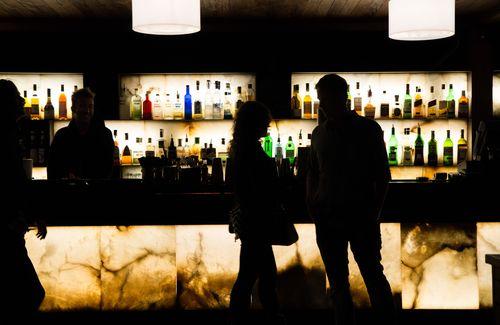 Hotel 1898 roof bar night
