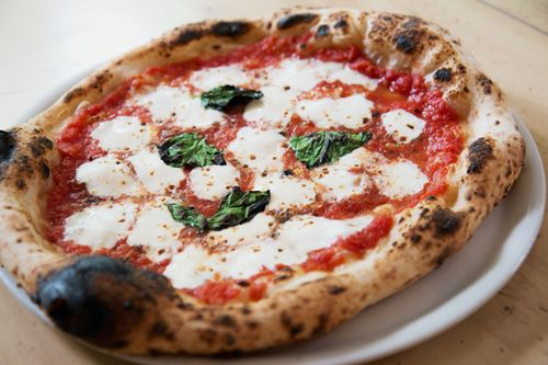Black stone pizza margherita