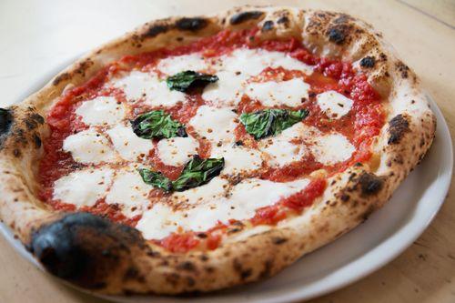 Black stone pizza margherita