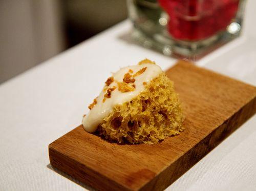 Gelonch onion sponge