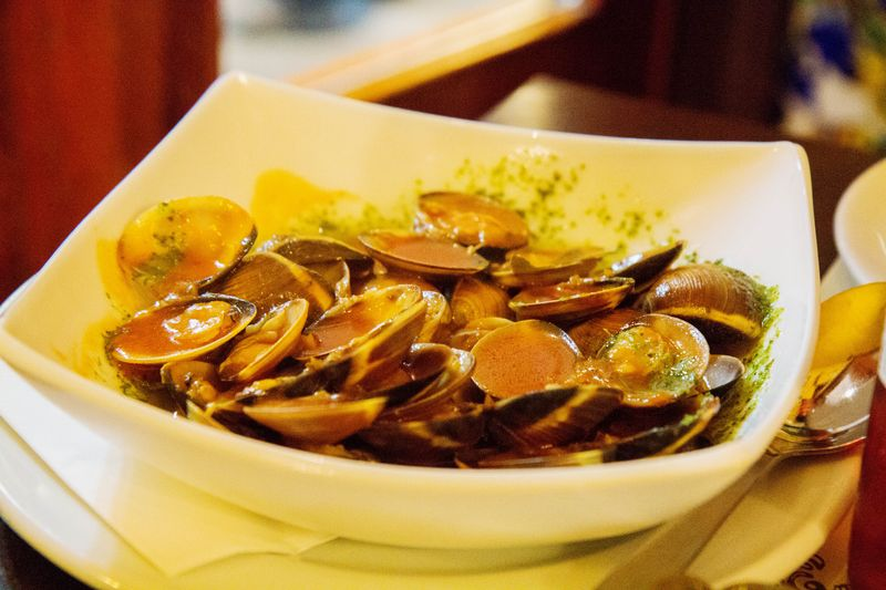 Los Toreros clams