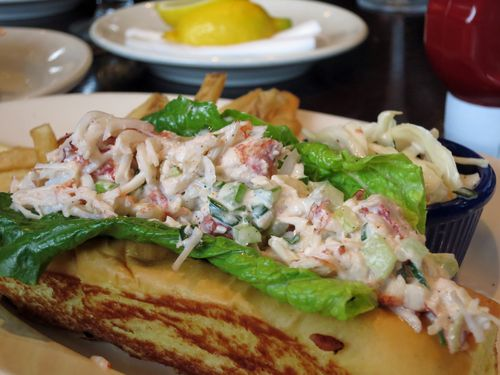 Legal sea food lobster roll