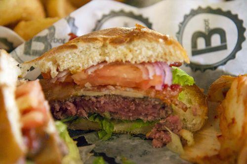 B spot burger interior