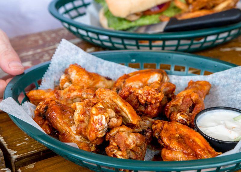 Kahuna burger bar rincon wings