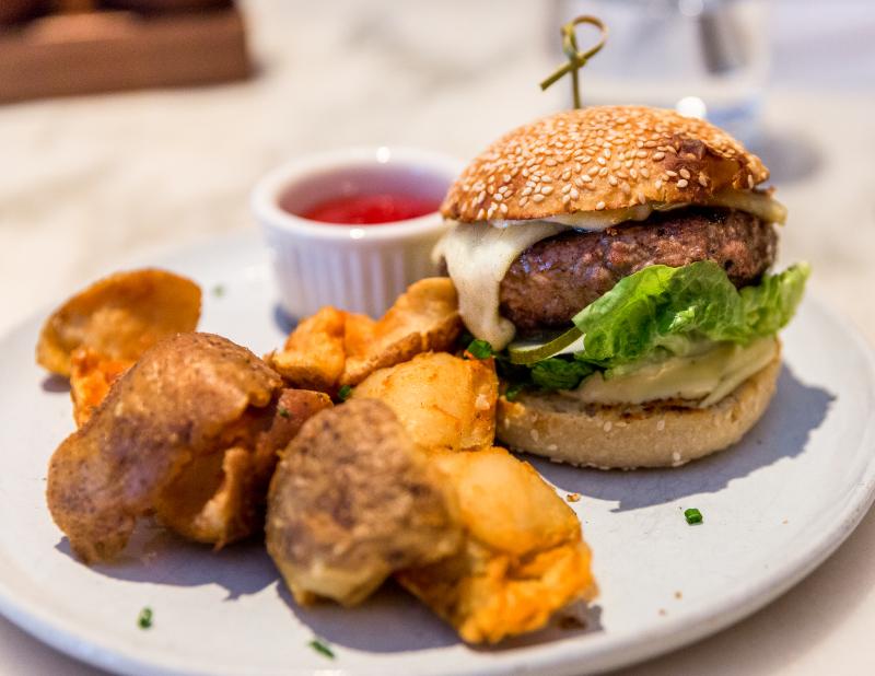 A kitchen burger-2