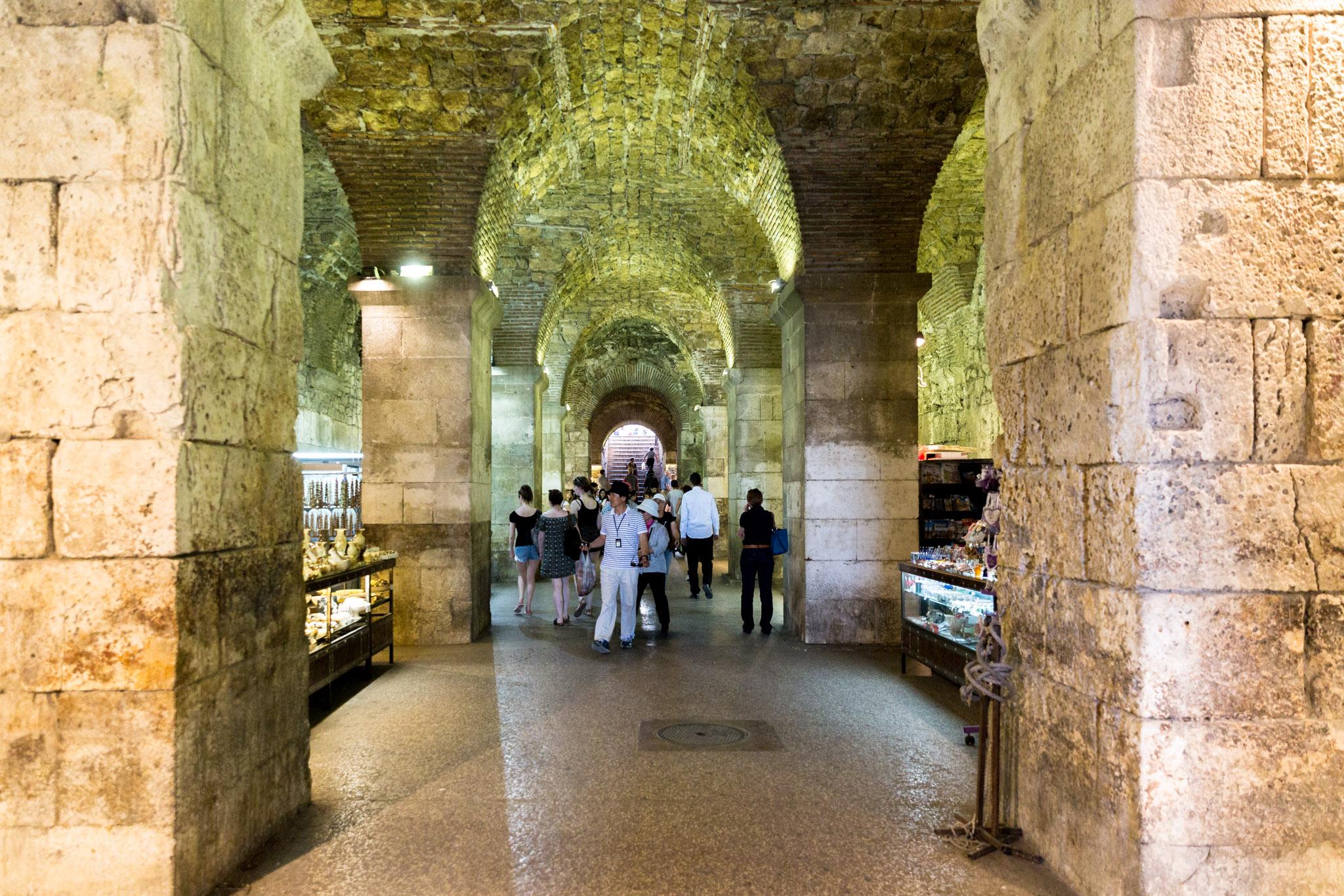 Diocletian palace basement khaleesi
