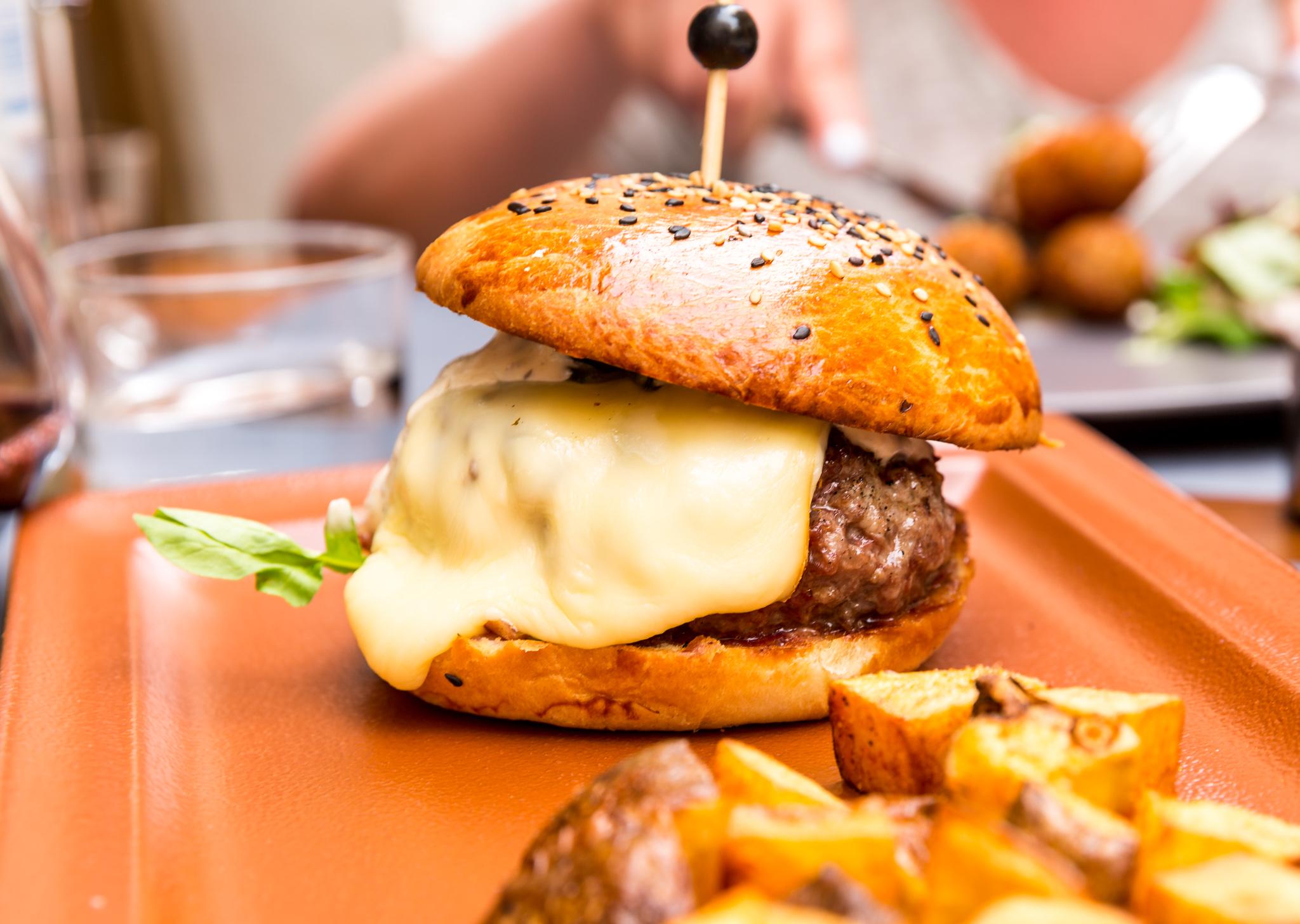 Bokeria Split burger