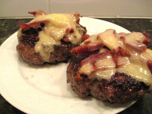Bacon_cheese_burgers