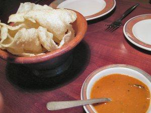 Moksha_condiment_and_chips