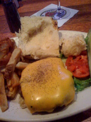 Joes_american_grill_burger