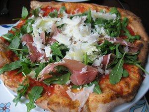 A_mano_pizza1